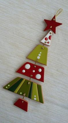 Salt Dough Christmas Ornaments, Clay Christmas Decorations, Christmas Clay, Clay Ornaments, Homemade Christmas Gifts, Christmas Projects, Holiday Crafts, Holidays, Fused Glass