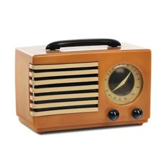 """design-is-fine: """" Norman Bel Geddes, radio USA. Source """" Interesting fellow, Bel Geddes was a set designer for the New York Metropolitan Opera in the and went on to open an industrial. Radios, Mid Century Style, Mid Century Design, Metropolitan Opera, Antique Radio, Transistor Radio, Record Players, Boombox, Consumer Products"""