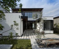 Minimalist House Design, Minimalist Home, Concept Architecture, Architecture Design, Japanese Mansion, Steel House, Tiny House Living, Exterior Design, Building A House