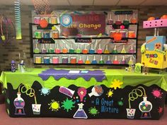 Cafeteria Wall and window – Wissenschaft Kids Science Lab, Science Room, Science Week, Science Fair Projects, Science Education, Physical Science, Earth Science, Science Experiments, Science Bulletin Boards
