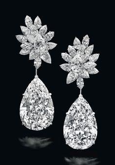 Boehmer et Bassenge Diamond and Platinum Earrings Pink Diamond Ring, Best Diamond, Pear Shaped Diamond, Diamond Studs, Diamond Pendant, Uncut Diamond, Gems Jewelry, High Jewelry, Diamond Jewelry