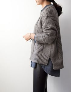 knit the look::@cocoknitsjulie pattern Nieve