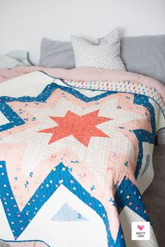 Expanding Stars Quilt pattern by Emily of Quiltylove.com.