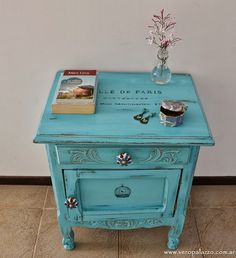 Cool Furniture Inspiration – My Life Spot Chalk Paint Furniture, Hand Painted Furniture, Funky Furniture, Recycled Furniture, Cheap Furniture, Shabby Chic Furniture, Furniture Projects, Rustic Furniture, Furniture Makeover