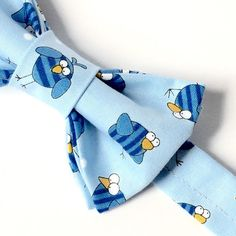birthday bow tie - bird bow tie - blue bow tie by flytiesforflyguys Toddler Bow Ties, Kids Bow Ties, Blue Bow Tie, Tie Bow, Ring Bearer Gifts, Blue Bird, Boy Birthday, Baby Blue, Bows