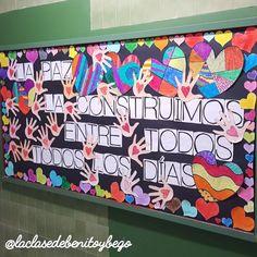 Classroom Door, Ideas Para, Origami, Arts And Crafts, Teacher, Women, Peace Education, Recreational Therapy, Fine Motor