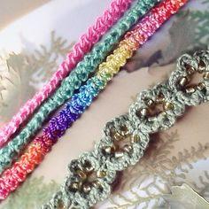 Handmade Bijoux and Accessories - Braccialetti realizzati a mano all'uncinetto con perline