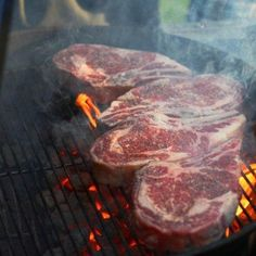 A simple recipe with great photos of grilling bone-in ribeye steaks. A simple recipe with great photos of grilling bone-in ribeye steaks. Best Grilled Steak, Grilled Steak Recipes, Grilled Meat, Grilling Recipes, Cooking Recipes, Grilling Tips, Beef Recipes, Grilled Steaks, Outdoor Grilling