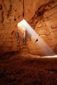 Oman | Majlis Al Jinn Cave. credit: yousef tuqan view on Fb https://www.facebook.com/SinbadsOmanPocketGuide #Oman #Travel #TravelToOman #MyOman