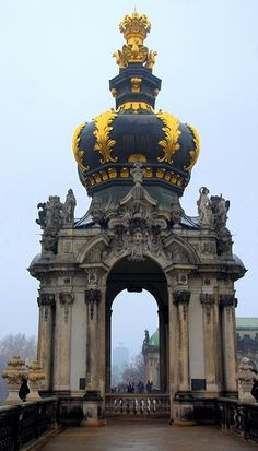 Crown Gate at Zwinger, Dresden, Germany  (by RC Designer) excitement for germany growing!