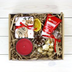 We provide fabulous souvenir fruit filled gift baskets for each big day! Select from our wide variety of exceptional surprise basket gift baskets Cute Christmas Gifts, Diy Holiday Gifts, Christmas Gift Baskets, Christmas Gifts For Boyfriend, Holiday Fun, Christmas Boxes, Boyfriend Gift Basket, Boyfriend Gifts, Boyfriend Ideas