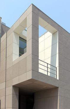 #Facciataventilata realizzata in #lapitec - Sede Breton #architettura #design