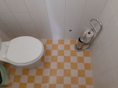 Cementtiles wc- retro Balaton Wc Retro, Cement, Toilet, Sink, Bathtub, Bathroom, Home Decor, Sink Tops, Standing Bath