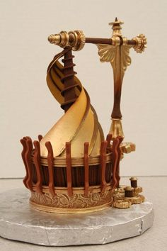 Steampunk cupcake inspired by Da Vinci