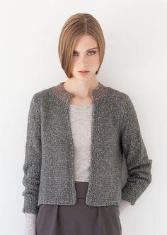 Lana grossa kurzjacke 365 garzato - all seasons 2 - modell 8 filati. Knitting Designs, Knitting Patterns, Reverse Braid, Cardigan Pattern, How To Look Pretty, Knit Crochet, Knitwear, Sweaters For Women, Seasons