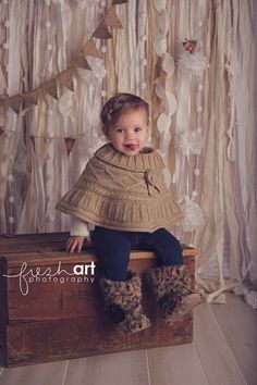 Wood crate from Finch Vintage Rentals  Photo by Fresh Art Photography