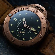 Another photo of the mighty Bronzo PAM382.