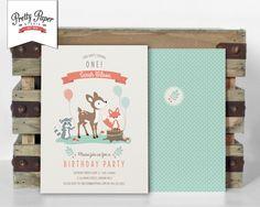 Woodland Birthday Party uitnodiging / / Woodland partij Invite / / Gender neutraal / / Mint & koraal / / herten Fox wasbeer / / afdrukbare digitale BP03 door ThePrettyPaperStudio op Etsy https://www.etsy.com/nl/listing/178397089/woodland-birthday-party-uitnodiging