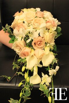 Flowerful Events | October 2011 | Shadowbrook | Bridal Bouquet | Cascading Bouquet | Flowerful Events