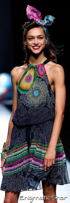 Farb-und Stilberatung mit www.farben-reich.com - Desigual Spring-Summer 2015 Ready-To_Wear