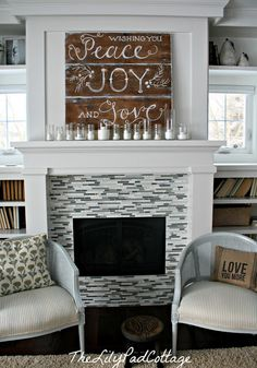 simple mantel decorations