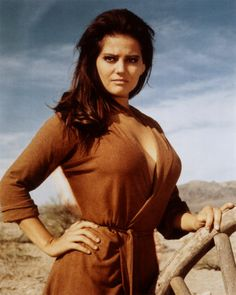 Incredible Claudia Cardinale, a true femme fatale of the French-Italian cinema