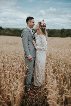 Rustic Boho Wedding at South Pond Farms Boho Wedding Makeup, Bohemian Style Wedding Dresses, Rustic Boho Wedding, Bohemian Wedding Inspiration, Modest Wedding Dresses, Farm Wedding, Wedding Shoppe, Wedding Blog, Marie
