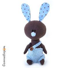Токки - коричневый,голубой,заяц,зайчик,зайчонок,авторская игрушка,авторская работа