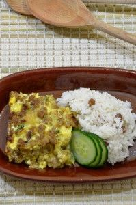 Bobotie à la Daisy Good Food, Yummy Food, Tasty, Meat Recipes, Curry, Rice, Dressings, Food Ideas, Curries