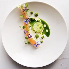 White fish, oysters, dill, and cucumber by @sigurdurlaufdal #TheArtOfPlating