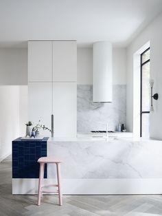 Luxury Kitchen Design, Best Kitchen Designs, Luxury Kitchens, Cool Kitchens, Home Interior Design, Dream Kitchens, Custom Kitchens, Kitchen Interior, Design Studio