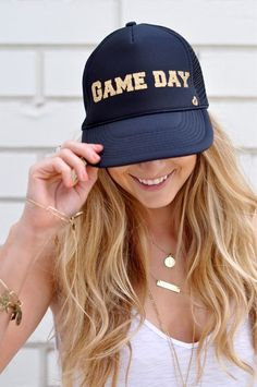 Game Day  by Mother Trucker Gorras Estampadas 839bed430171