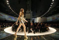 ファッションショー - Google 検索