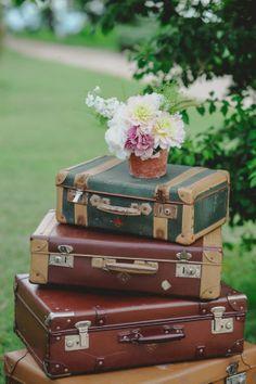 vintage suitcases // photo: l&v photography