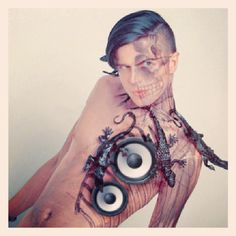 #toodeadtodie #industrial #darkelectro #ebm #goth #gothic #nugoth #outrageous #fashion #freak #gaga