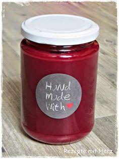 Ich liebe Marmelade, in den verschiedenste Geschmacksrichtungen. Geht´s Euch auch so ? Hier habe ich einen Klassiker für Euch. KiBa. KiBa? Nein, nicht den Drink. Marmelade !!!! Ihr benötigt: 750 g …