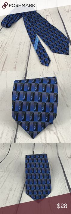Valentino Cravatte Men's 100% Silk Necktie 👔 VALENTINO CRAVATTE Men's 100% Silk Necktie ITALY  Blue PERFECT  ·    Brand: Valentino ·    Style: Neck Tie ·    Color: Blues ·    Material: 100% Silk ·    Attachment: Tied ·    Length: Long 56 ·    Country/Region of Manufacturer: Italy ·    Condition: Perfect--Like NEW Condition    Please keep in mind that color appearance/shade can vary due to factors including lighting, monitors, etc. Valentino Accessories Ties