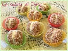 Bocconcini di amaretti al mascarpone, caffè e cocco: dei dolcetti velocissimi da preparare, fresci....e uno tira l'altro!