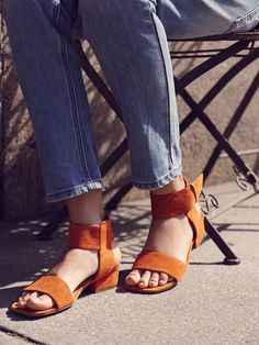 Resort Block Heel Sandal | Retro-inspired block heel sandals featuring toe strap and adjustable buckle at the ankle for an easy on/off. Square toe.