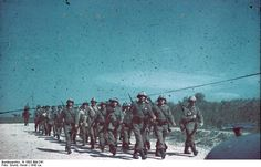 Romanian soldiers marching, circa 1943 Photographer Horst Grund Source German Federal Archive Identification Code N 1603 Added By C. Bulgaria, Photos Originales, Military History, Troops, Soldiers, Armed Forces, World War Two, Ww2, Dolores Park