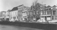 De Oosthaven in 1970 met links het witgepleisterde gebouw van Sociëteit De Réunie. De gevel is nadien enigszins gewijzigd.