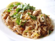 Flash Fried Chicken Noodles - Ingredients 40 gms Chicken Breast 50 gms Flat Rice Noodles 1 Egg 2 Tablespoons Fish Sauce 2 Tablespoons Light Soy Sauce 3 Garlic Cloves 1/2 Teaspoon Sugar 1/4 Teaspoon White Pepper 1 Tablespoon Chopped Spring Onions 1 Tablespoon Chopped Coriander Leaves 1 Tablespoon Oil