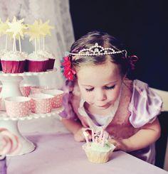 Google Image Result for http://cdn.hostessblog.com/wp-content/uploads/2012/04/tangled-birthday-party-ideas.jpg