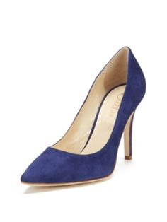 Champagne 90 Pointed-Toe Pump from Butter on Gilt