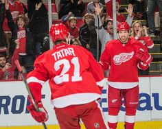 Brad Richards celebrates his 1st goal with the Wings.