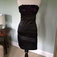 Homecoming Dress size 3 Black Banded and super fitted. Lightweight fabric. Purple fabric accent in bodice. Speechless Dresses Mini