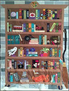 Harry Potter Bookcase Quilt Index of Posts Harry Potter Nails, Harry Potter Friends, Harry Potter Items, Harry Potter World, Quilting Projects, Quilting Designs, Sewing Projects, Harry Potter Weihnachten, Potter School