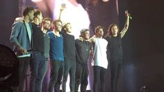 Final bow    OTRA Sheffield, England (last show of the tour) - 10/31/15