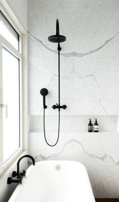 Tschüss, ungeliebten Fliesen, willkommen Marmor - ein Bad wird sinnlich ...
