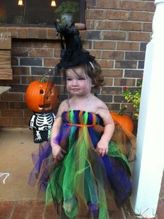 DIY Witch + hat!! So creative, yet simple! Love, love, LOVE!!
